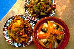 Zitronenhuhn-Kuskus-Okra Foto: Marokkanisches Fremdenverkehrsamt