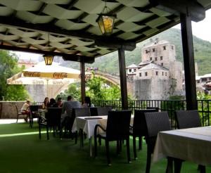 Restaurantterrasse in Mostar