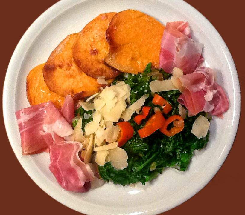 Süßkartoffel als Bratkarrtoffel mit Spinat und Schinken