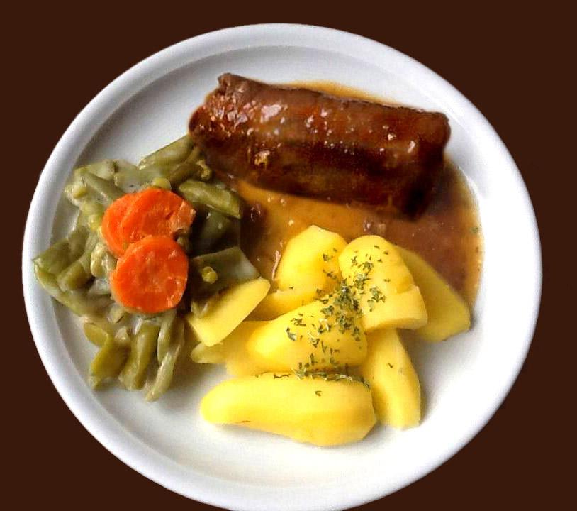 Rindsroulade mit Salzkartoffeln